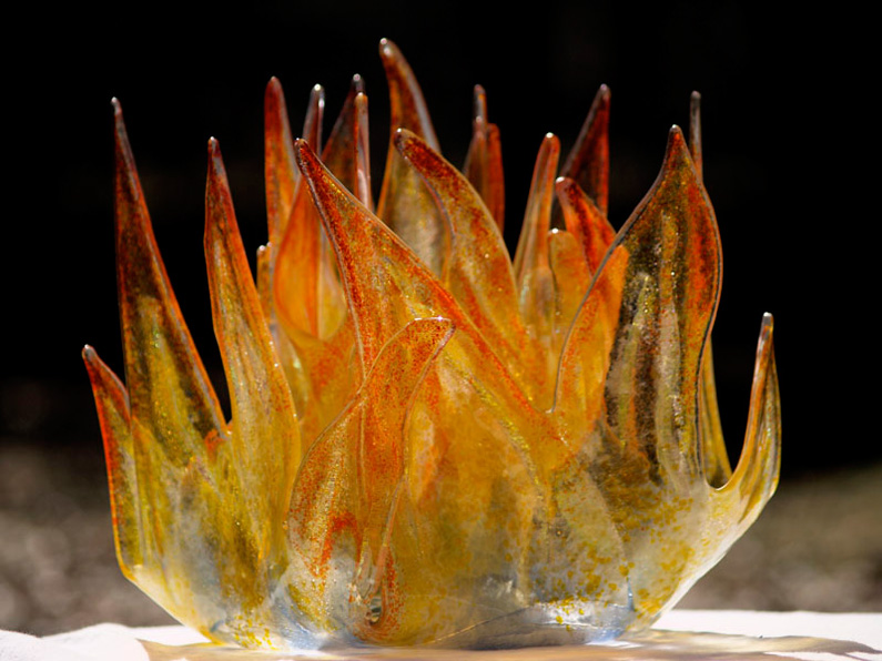 ?, Ner Tamid, glass sculpture