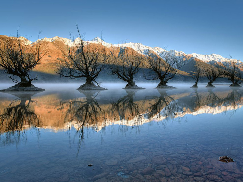 Brad Grove, Lake Wakatipu, New Zealand